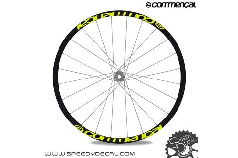 Commencal - adesivi personalizzati per ruote con logo
